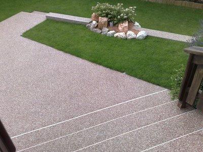 balkonabdichtung steinteppich natursteinteppich terrassenbelag kunstharzboden bodenbeschichtungen. Black Bedroom Furniture Sets. Home Design Ideas